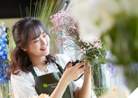 꽃, 식물, 인간의 아름다운 三位一體