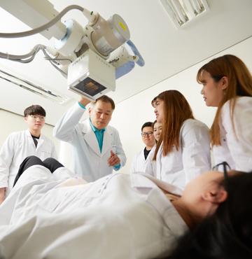 방사선과 소개 이미지